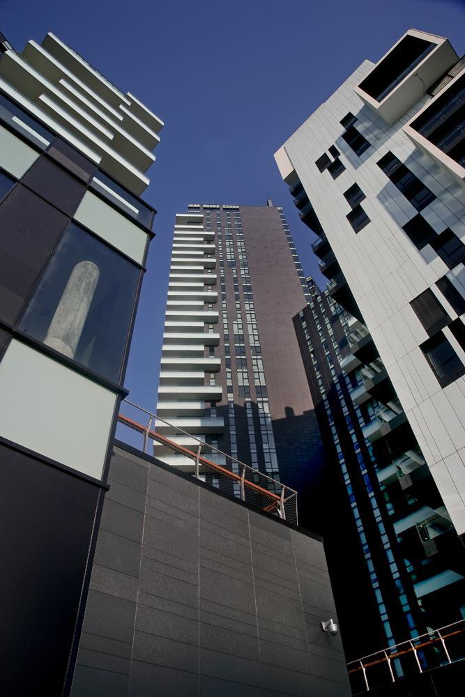 Porta Nuova Solea and Solaia Towers: Photo 17