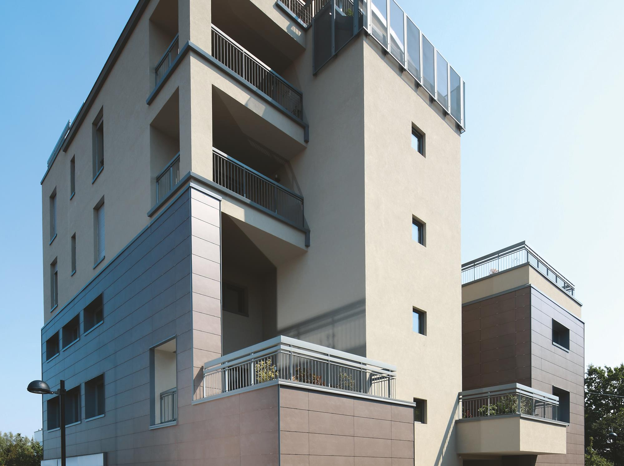 "Multifunctional Building ""La Magnifica Rotonda"": Photo 1"